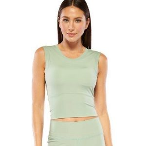 NWT Electric Yoga Cropped Top Mint M